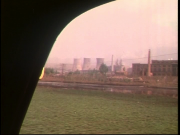 Geng Zhi's view from the army lorry of the industrialisation of China in 'The Last Military Salute'